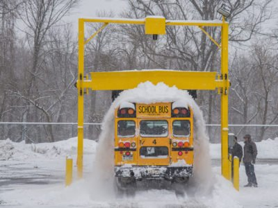 Model 770B school bus snow removal